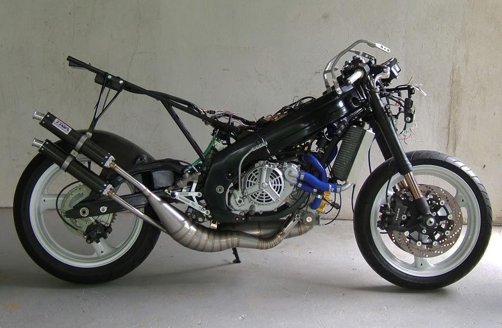 Suzuki Rgv250 Vj22  U0026quot Playboy U0026quot