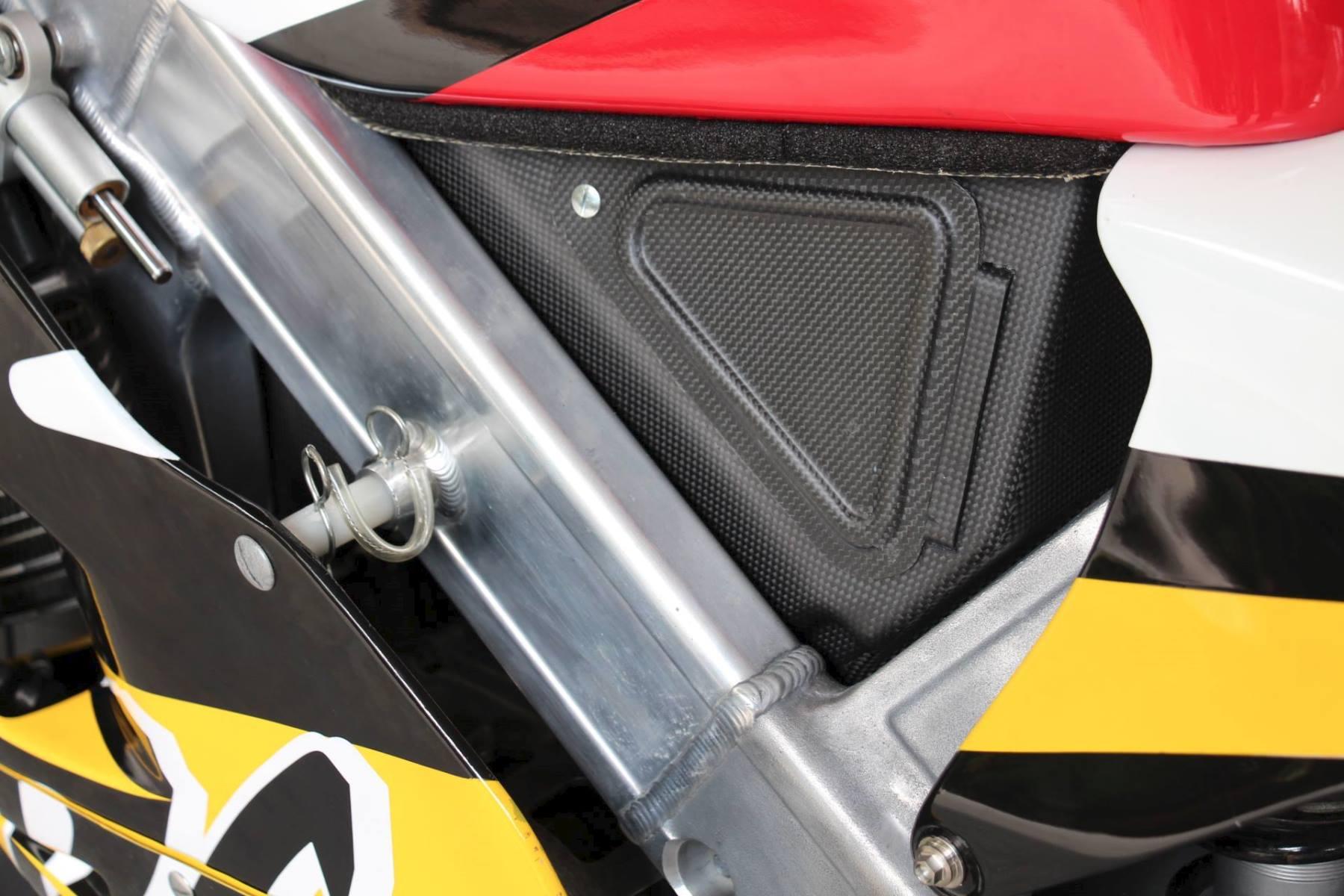 Air Box, Carbon/Kevlar, RS250, NX5